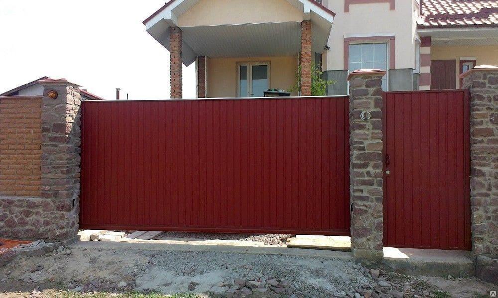 установка автоматических откатных ворот